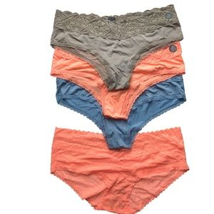 AERIE - Undies 4 Pair Bundle